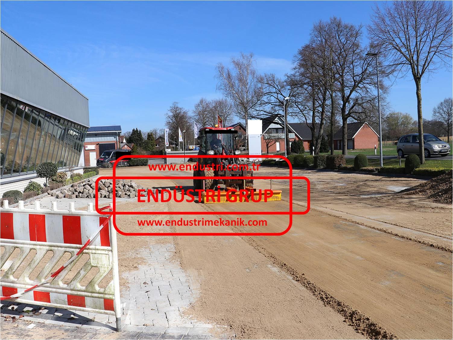 forklift-traktor-telehandler-transpalet-catali-supurge-atasmani-endustriyel-hidrolik-motorlu-doner-fabrika-yol-ahir-bahce-talas-hurda-cakil-tas-kaya-kum-cop-toz-supurme-fircasi